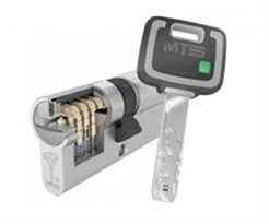MUL-T-LOCK MT5 PLUS